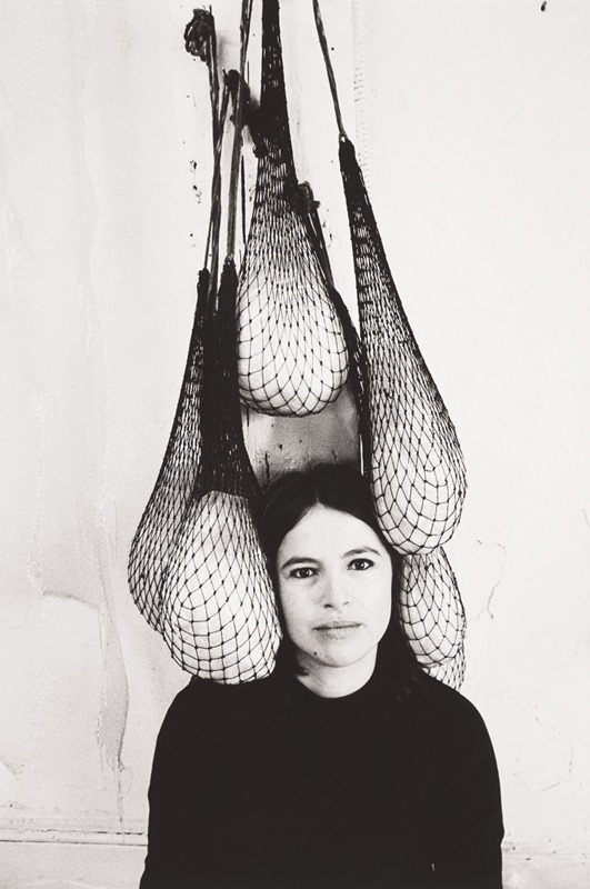 Portrait of Eva Hesse by Herman Landshoff. Courtesy of Acquavella Galleries.